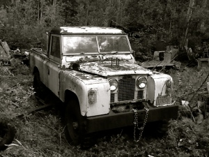 LR Series pickup B&W